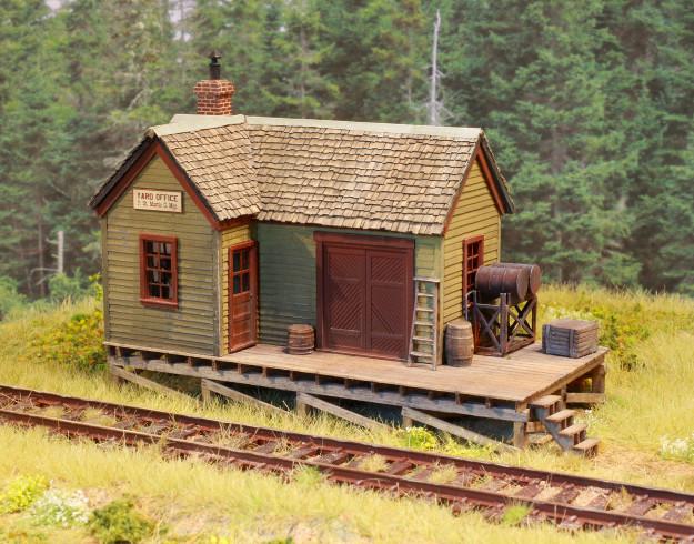Cabin railroad miniature