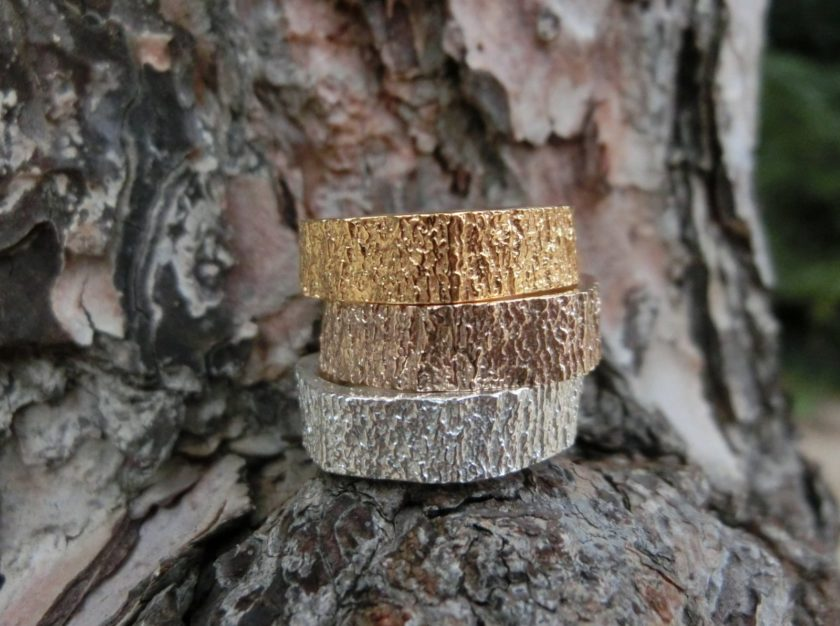 The final tree bark textured 3D printed ring design from a photo scan with a phone and how to 3D design it