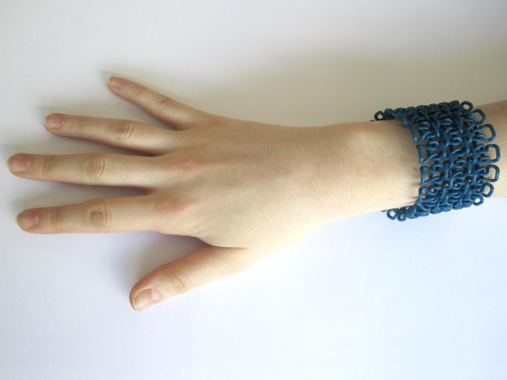 bracelet_m4.JPG