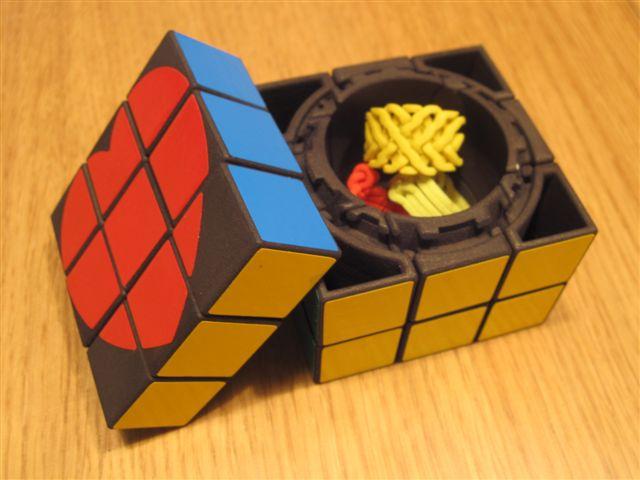Gift Cube - prototype - view 2.jpg