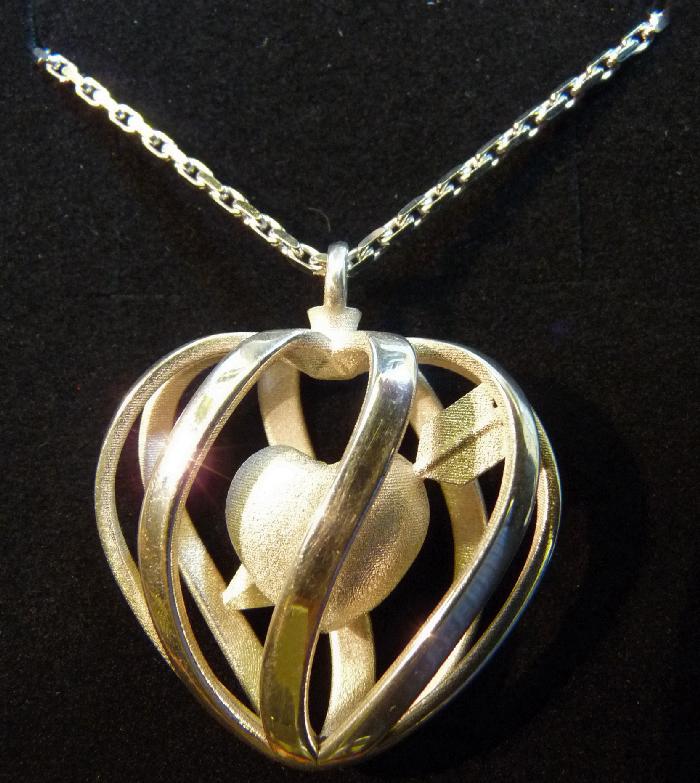 Heart Cage Pendant 3.jpg