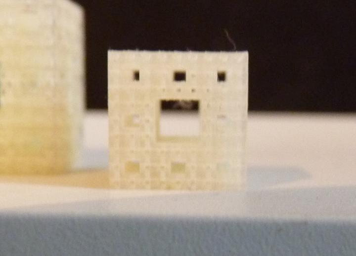 Menger Sponge 0.37.jpg
