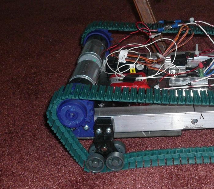 robot 003 small.jpg