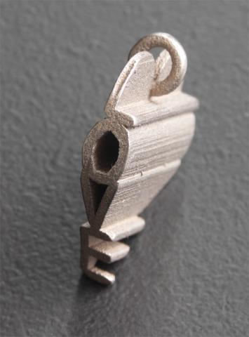 secret love pendant.JPG