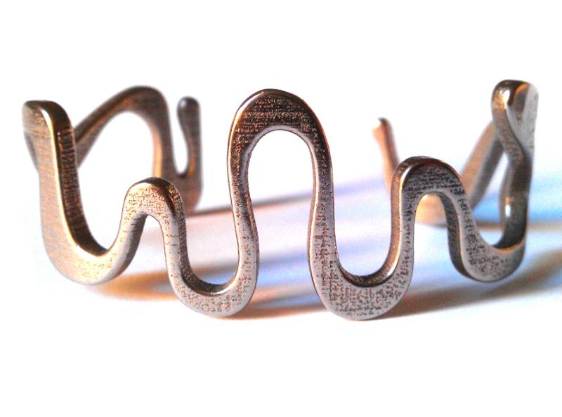 snake cuff_size M_1.jpg
