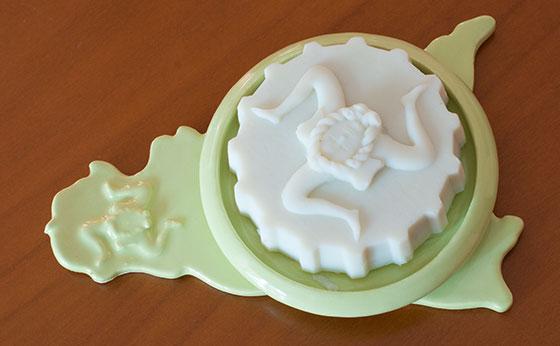 soap-dish-green.jpg
