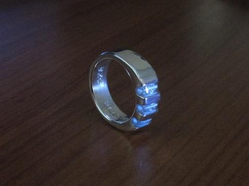 Tritium ''Triad'' Ring - Silver-small.jpg