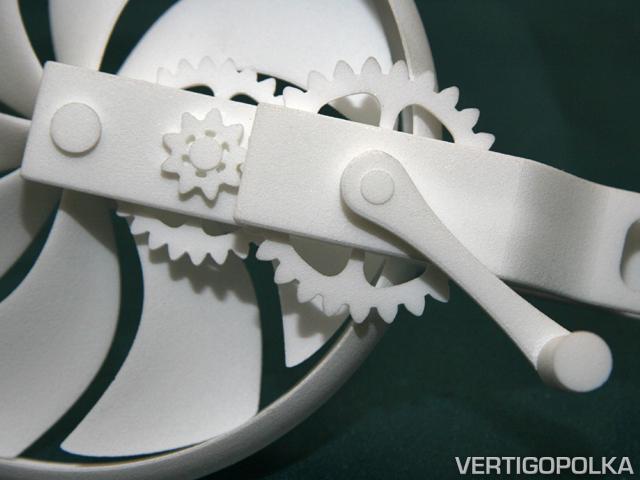 VP-HandCrankFan2.jpg